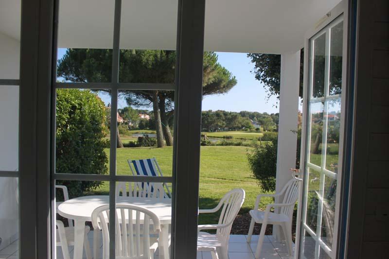 vue-terrasse-appartement-bourgenay-talmont-saint-hilaire